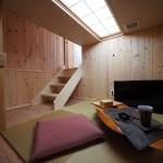 隠れ家的なDEN下の半地下空間